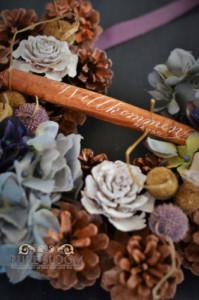 木の実と秋色アジサイのウェルカムリース2